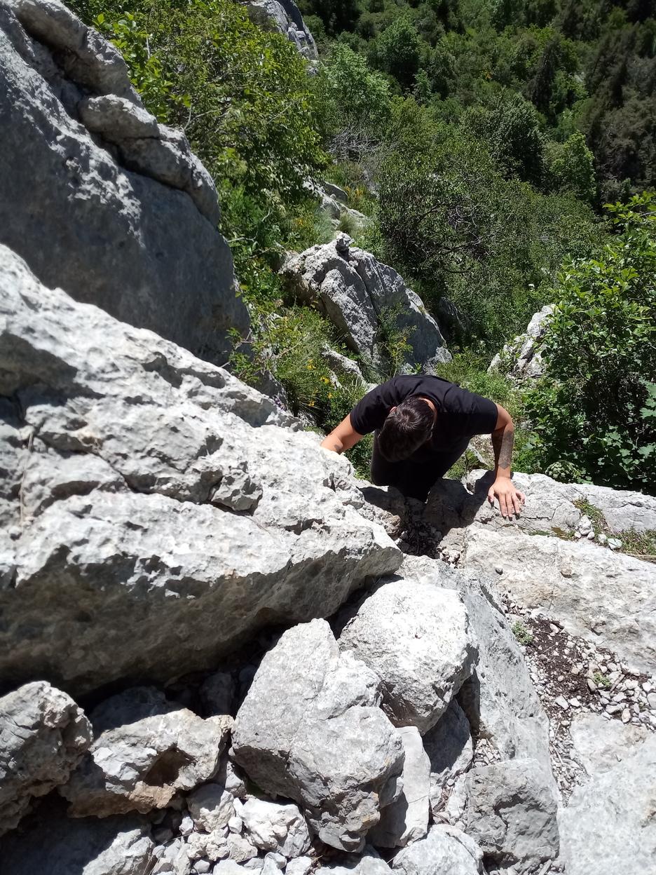 Passage «grimpant» pour atteindre le plateau