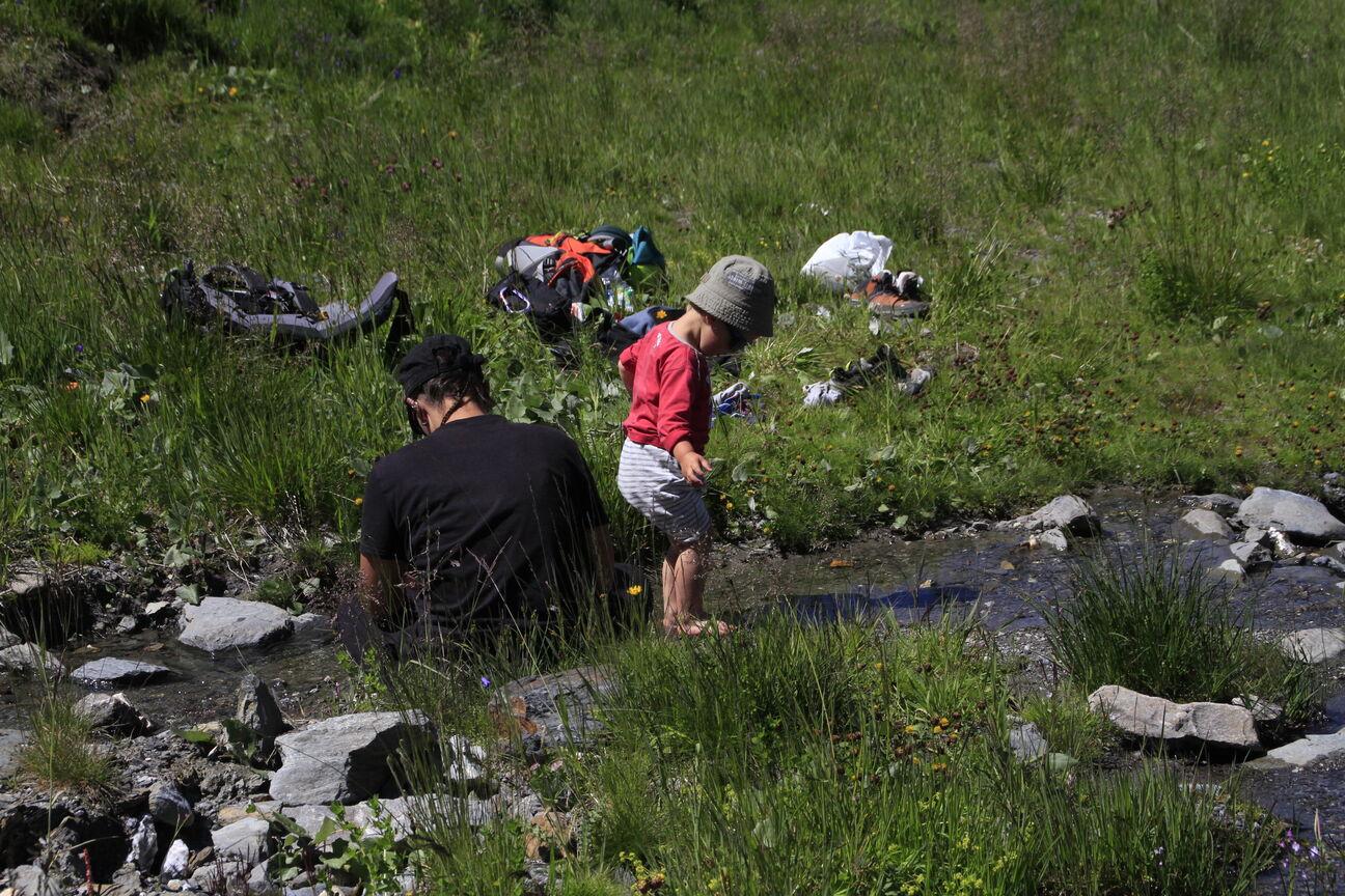 Pause au bord du ruisseau