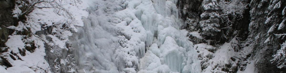 Cascade du Pissou version hivernale
